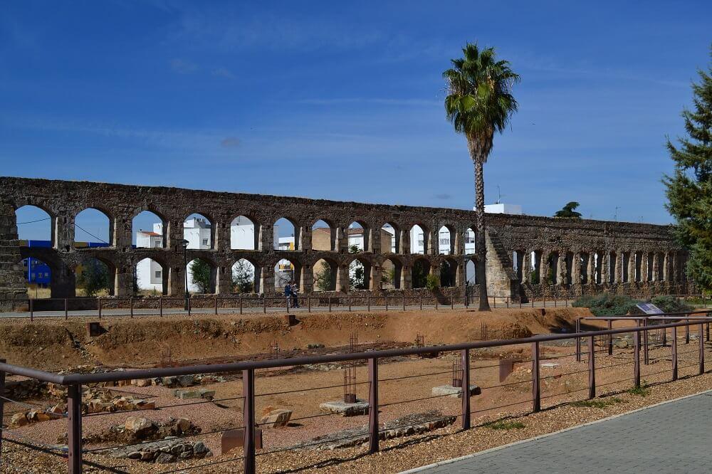 Acueducto de San Lázaro
