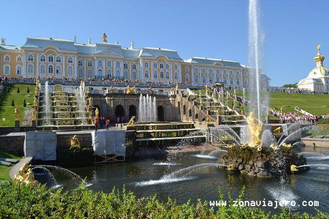 Fuentes de Peterhof 2