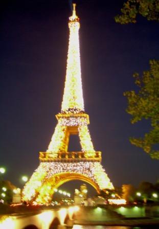 Ubay Serra Viaje a la Esencia París