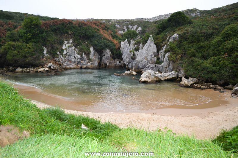 Playa de Gulpiyuri - Asturias