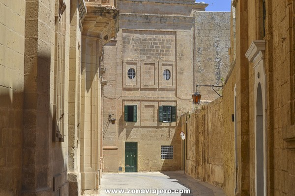 calle-mdina-malta