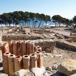 Ampurias (Empúries): ruinas griegas y romanas a pie de playa