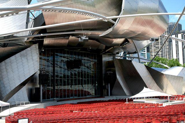 Millennium-Park-pavilion-Jay-Pritzker