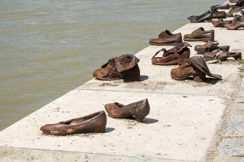 budapest-munumento-zapatos