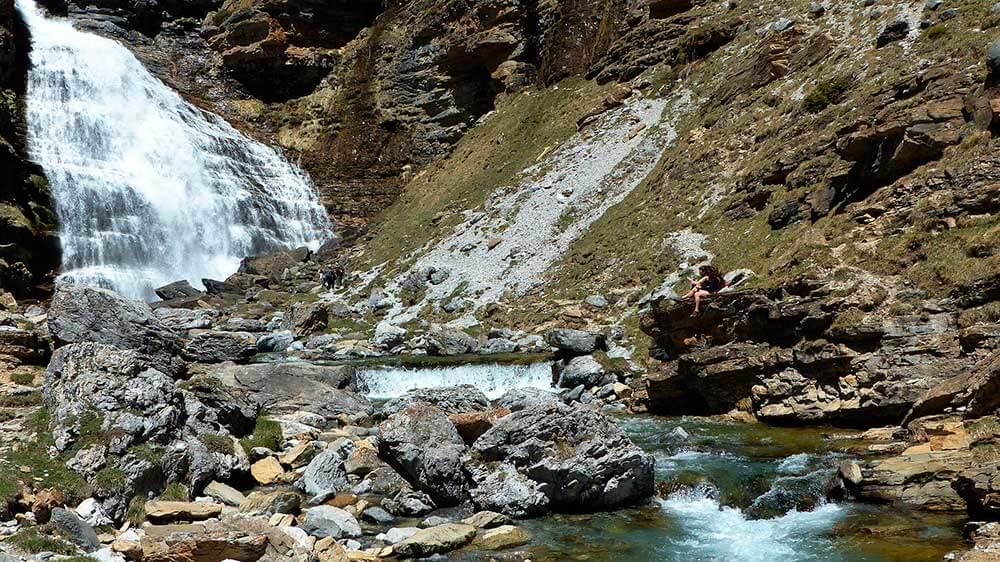 cascadas pirinero aragones cola caballo
