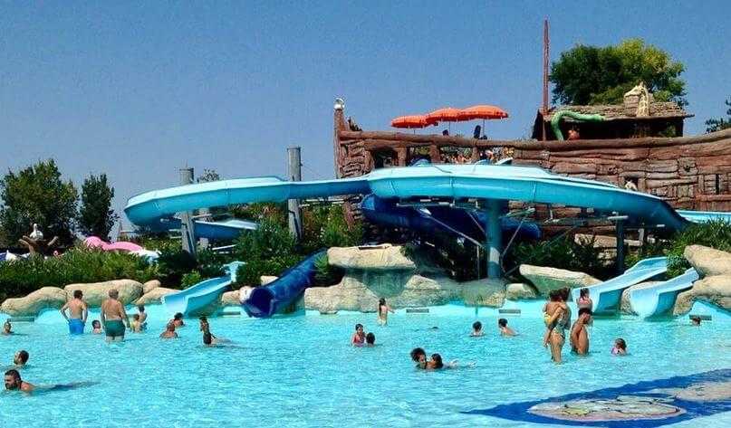 Aquafan parque acuatico italia