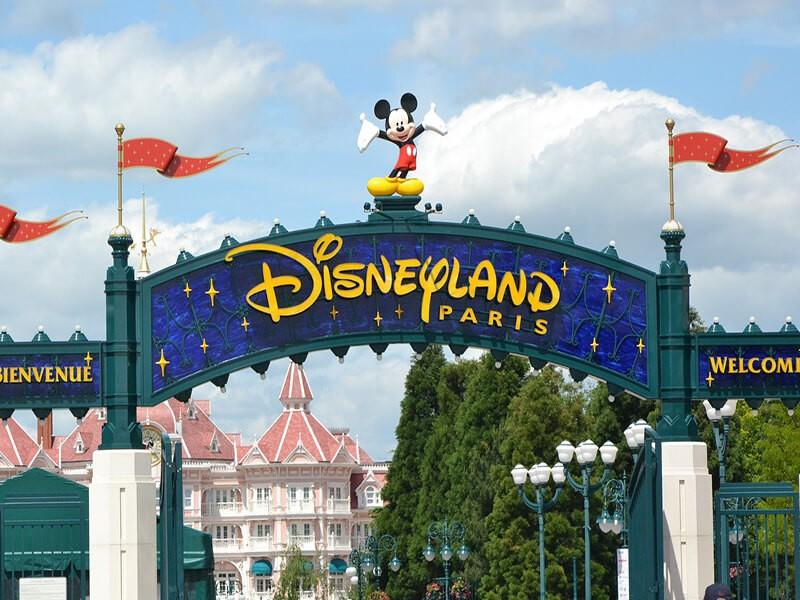 Disneyland París, Europa