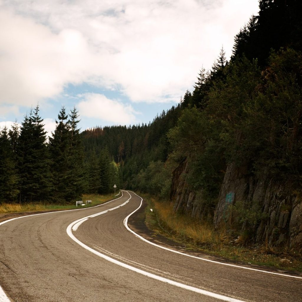 carretera-río-mundo