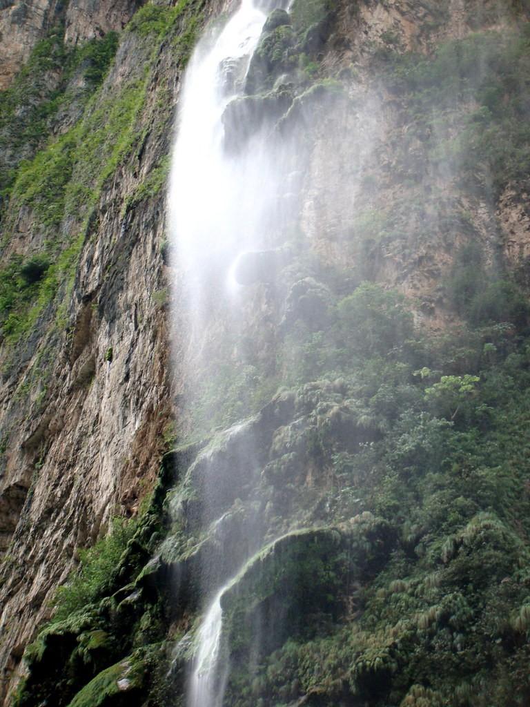 cascada rio mundo albacete