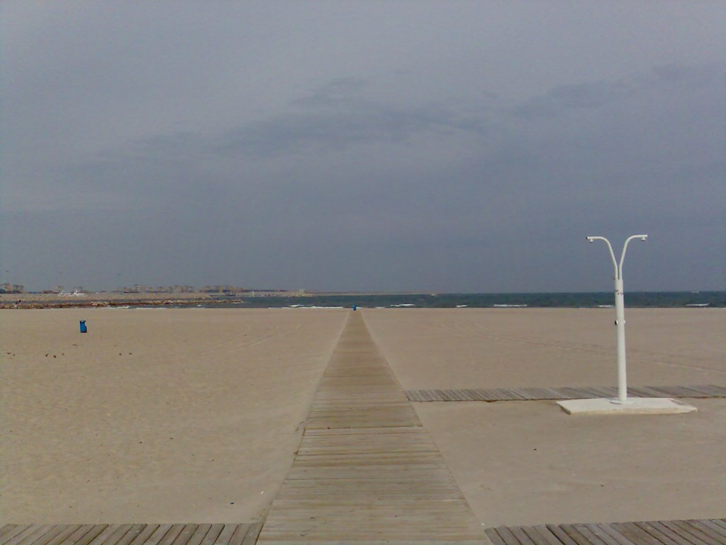 Playa Pinedo, Valencia